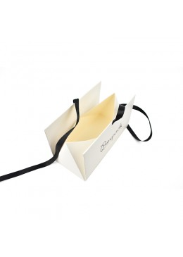 Caja de carton automontable con lazo para joyas bisuteria y joyeria color blanca abierta