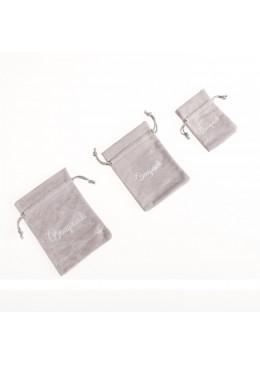 Bolsa de terciopelo color gris para joyeria bisuteria y joyas (izquierda)